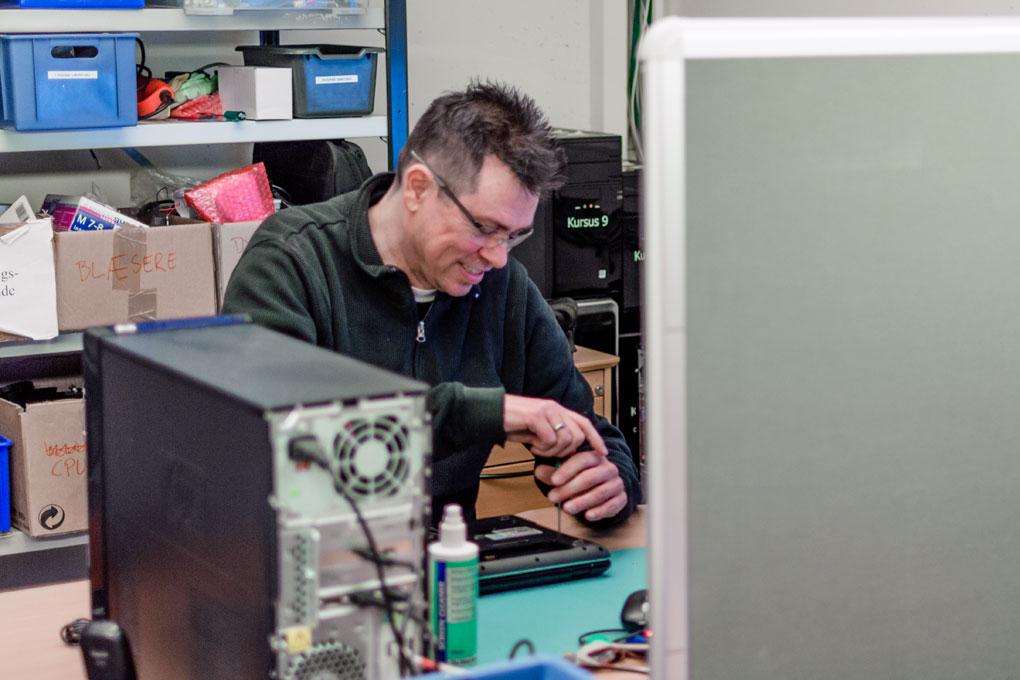 reparation af pc, it-udstyr, it-genbrug, brugt it-udstyr